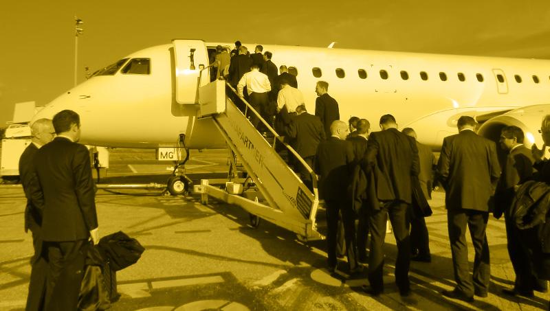Flugverbindungen zwischen Firmenstandorten – pendeln mit Effizienz