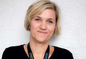 Alexandra Weiss, Accounting